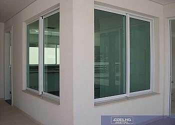 Comprar janelas de alumínio direto da fábrica