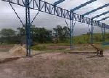 Estruturas e esquadrias metálicas