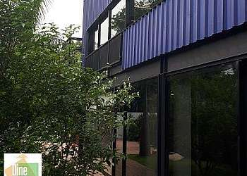 Empresa de portas de alumínio